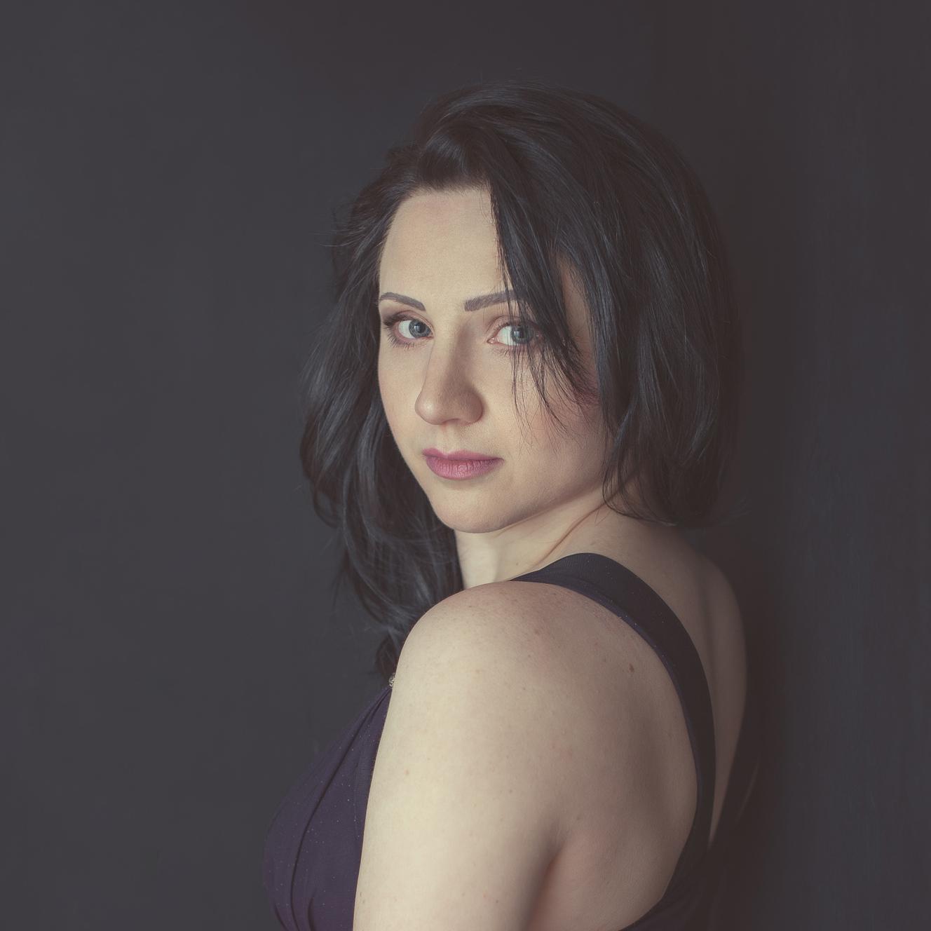Marina Kogan - founder, calligrapher